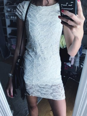 Lace offwhite dress fashion style