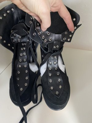 Lace-up Pumps black-silver-colored