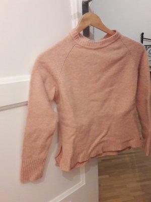 Lachsfarbener Pullover von Hessnatur