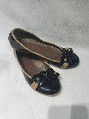 Claudia Ghizzani Patent Leather Ballerinas black