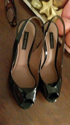 Lackleder Pumps von Zara Woman