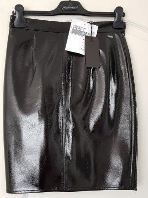 Armani Falda de cuero de imitación negro