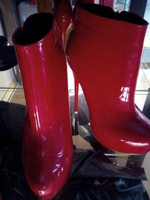 Bottines à plateforme rouge foncé cuir