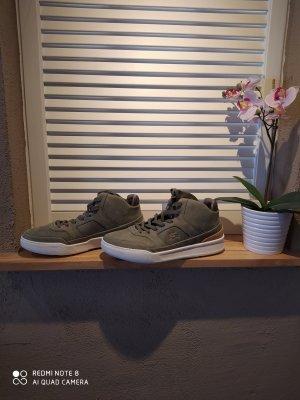 Lacoste Schuhe Gr.41