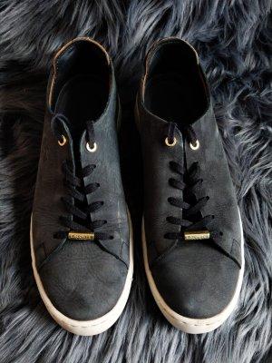 Lacoste Sneaker schwarz 38 top Zustand
