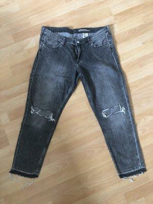 Lässige Boyfriend Jeans im ripped Style