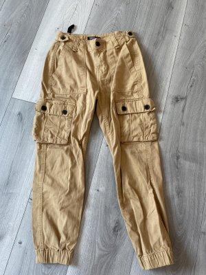 Bershka Cargo Pants oatmeal-beige