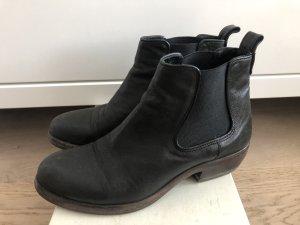 Lässige Chelsea Boots