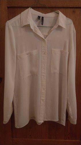 lässige oversize Hemdbluse klassisch schick von MANGO cremefarbene Bluse Business Casual Chic edel