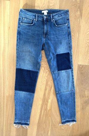 Lässige Skinny Jeans im Patchworkstyle
