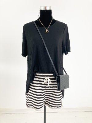 Lässige Sweat Shorts schwarz weiß M 38 40 gestreift Kurze Hose mit Gummibund Streifen maritim