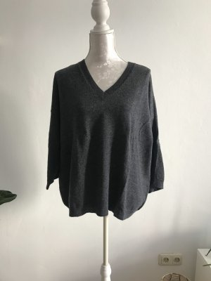 Lässiger grauer Pullover aus Kashmir-Woll-Mischung
