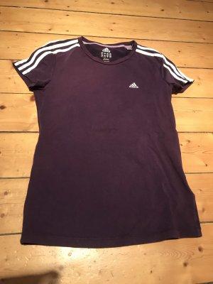 Lässiges Adidas Shirt