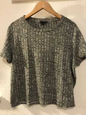 Lässiges Cropped Shirt von Monki