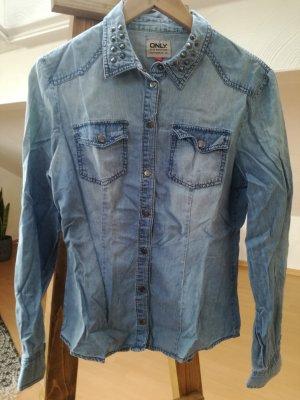 Lässiges Langarmhemd in Jeansoptik mit Nieten
