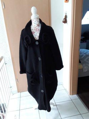 Sarah Santos Oversized Coat black