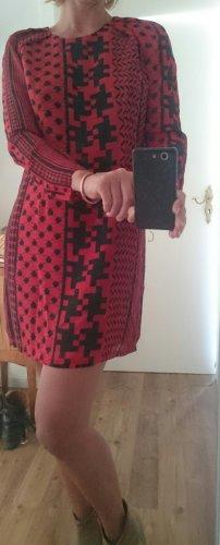 Lala Berlin Robe à manches longues rouge-noir soie