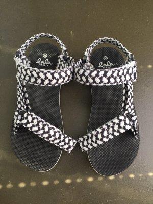 Lala Berlin Sandały plażowe czarny-biały