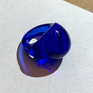 lalique Zdobiony pierścionek niebieski Szkło