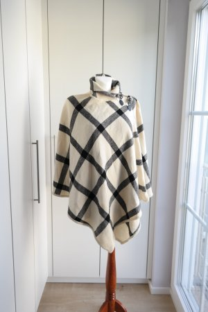Lambswoll Poncho Cape Bloggerstyle Größe S/M