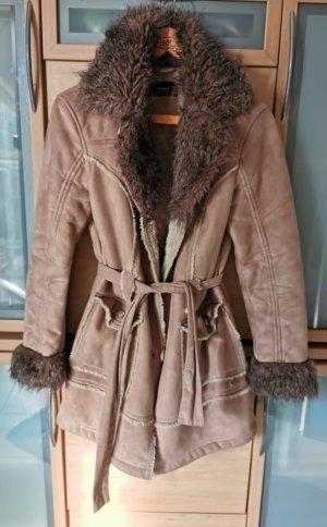 Cappotto in eco pelliccia beige-color cammello
