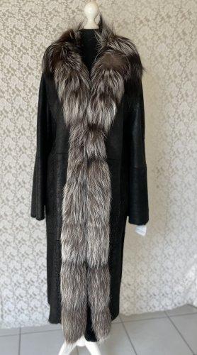 Rolf Schulte Abrigo de piel negro-color plata