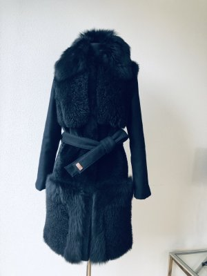 Escada Manteau de fourrure noir