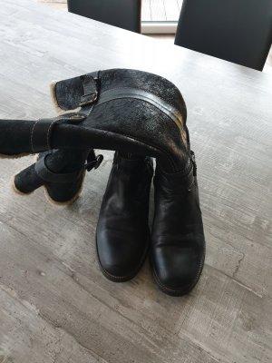 Lammfellstiefel schwarz