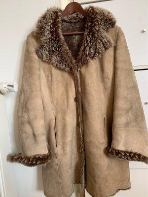 JCC Abrigo de cuero beige-marrón grisáceo Cuero