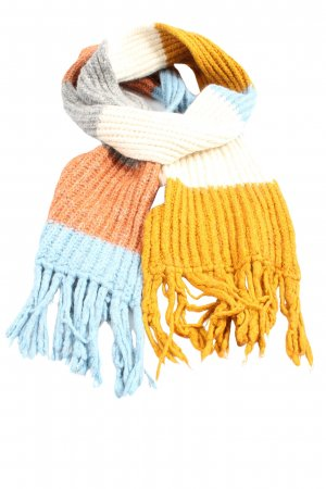 Lana Grossa Fringed Scarf cable stitch casual look