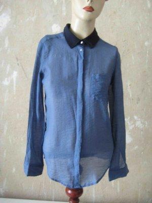 Langarm-Bluse mit dunkelblauem Kragen - casual Look