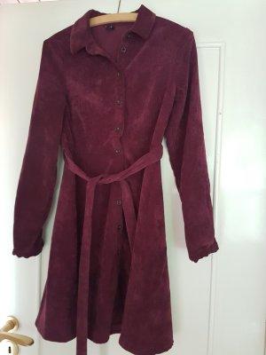 Langarm Kleid aus weichem Kord von Vero Moda