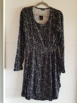 Bruno Banani Midi Dress white-black