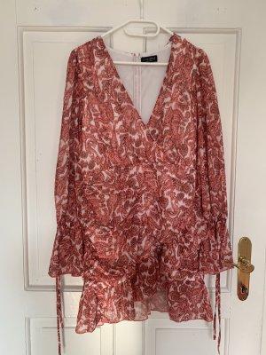 In the Style Robe chiffon multicolore