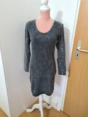 Langarm - Kleid mit Batikoptik