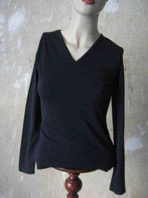 Langarm-Shirt in schwarz mit V-Auschnitt - casual Look