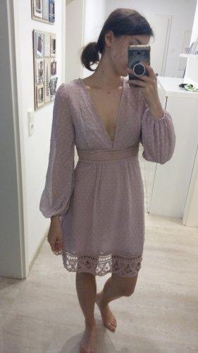 langarmiges Kleid
