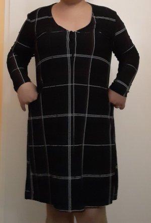 Langarmiges Kleid Gr. 40/42
