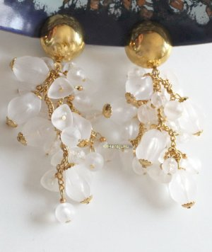True Vintage Earclip gold-colored-white