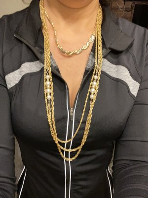 Lange Halskette mit Perlen top Zustand von Oma