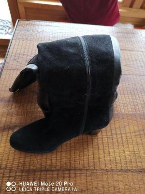 Lange Lederstiefel schwarz
