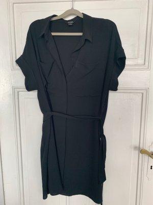 Lange schwarze Bluse von Monki