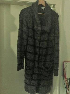 Lange Stickjacke in Gr. L in schwarz/grau - sehr guter Zustand