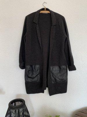 Lange Strickjacke leichter Mantel mit Kunstleder Taschen