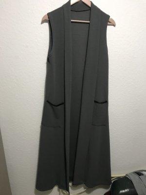 Gilet long tricoté gris foncé-noir