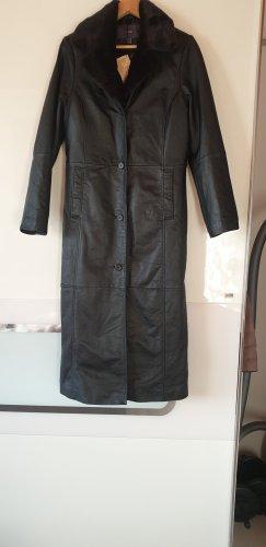 TCM Abrigo de cuero negro