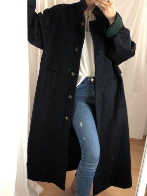 Langer Mantel schnurwolle