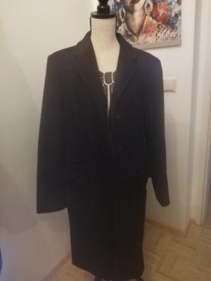 Langer Mantel von Sisley