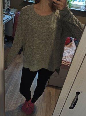 Bershka Maglione lungo grigio chiaro