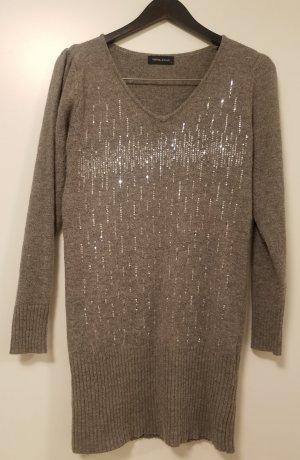 Langer Pullover von Mama Licious (L) mit Pailletten
